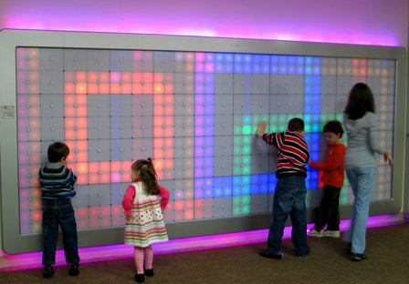 led wall Pinboard