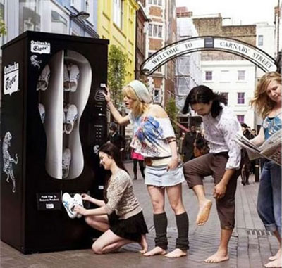 runnin shoe vending machine 10 Most Unusual Vending Machines