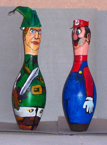 mario link bowling pins Bowling Pin Art: Mario Bros., Star Wars, Zelda
