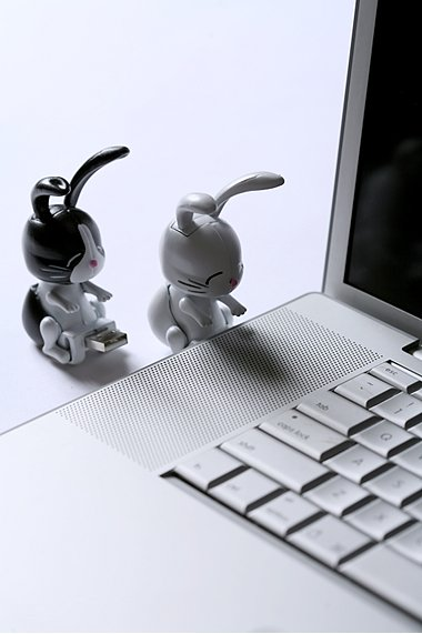 USB Humping Bunnies Hold Files and Defiles Your Computer