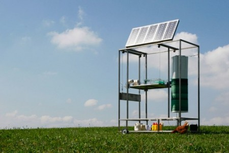 Solar Powered Sculpture Creates Itself