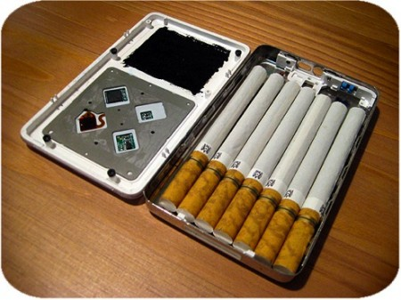 Old iPod Turned into a Cigarette Case