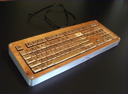 Scrabble Keyboard is Simply Scrabulous