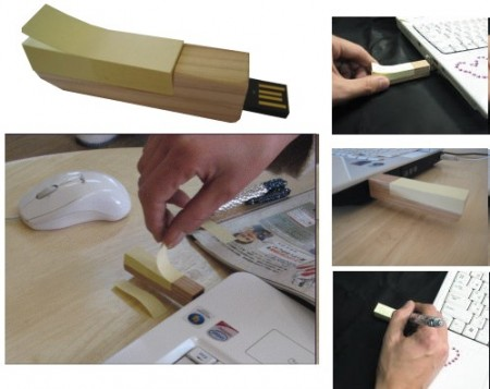 USB Flash Drive with Post-It Dispenser