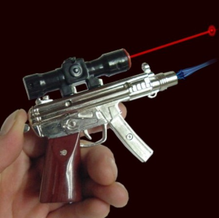 gun lighter laser pointer 450x447 Machine Gun Shaped Lighter and Laser Pointer will Probably Kill You One Way or Another