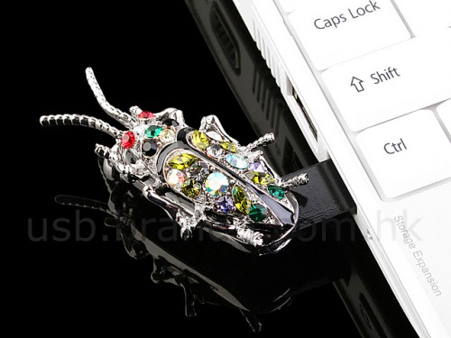 cockroach-jeweled-usb-drive