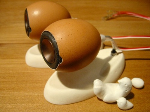 Eggshell Speakers Made from Real Eggs