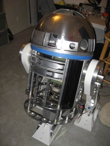 R2D2 Robot Controlled by an iPhone