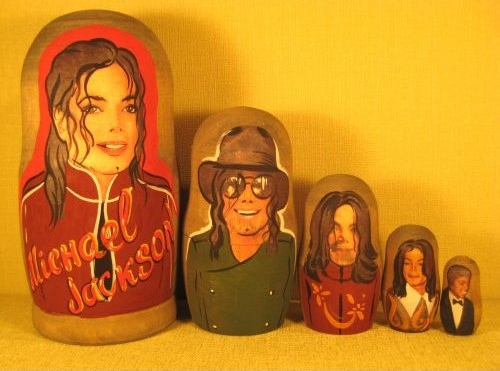 michael jackson nesting dolls1 10 Very Strange Michael Jackson Items