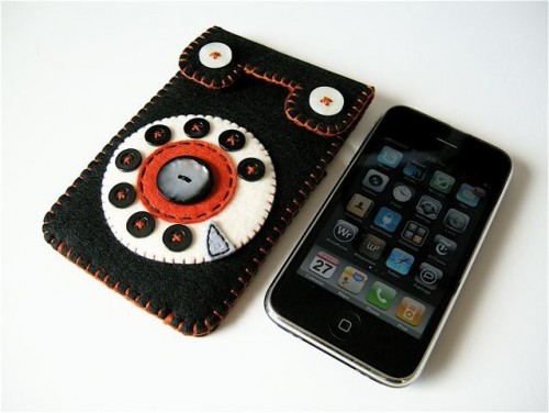 rotary phone iphone case 500x376 Rotary Phone iPhone Case is Retro Coolness