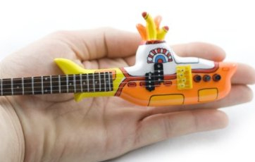yellow-sub-mini-guitar