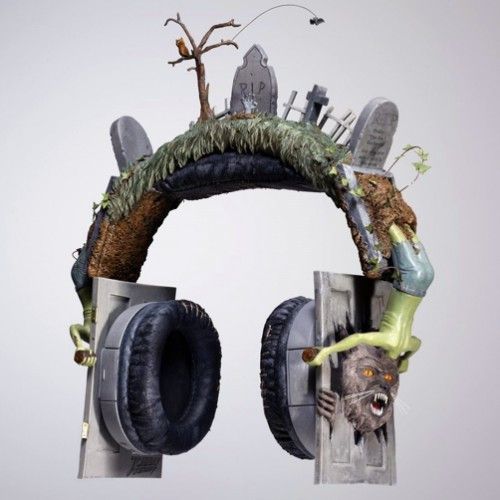 thriller headphones 500x500 Pinboard