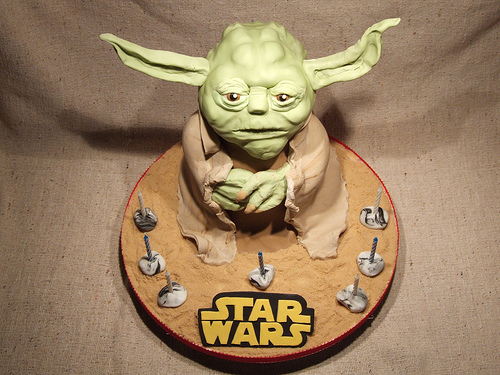 Yoda Cake Looks Good to Eat, Say You