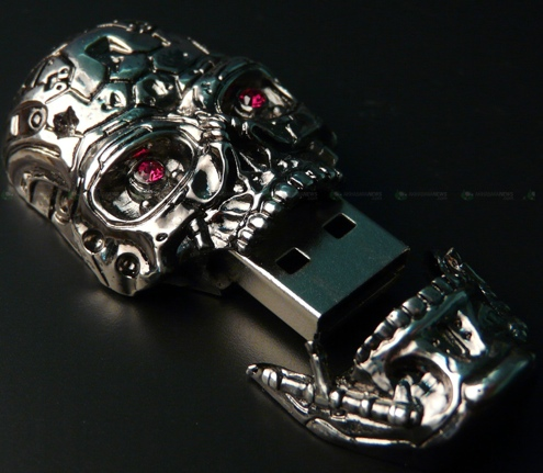 Scary Silver Skull USB Drive