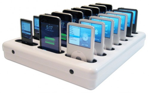 Parasync: A Dock for 20 iPods or iPhones