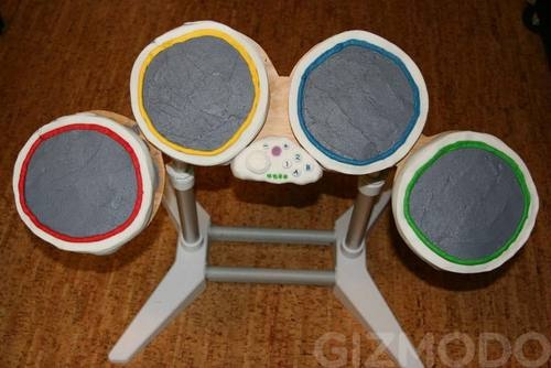 rock band drum cake2