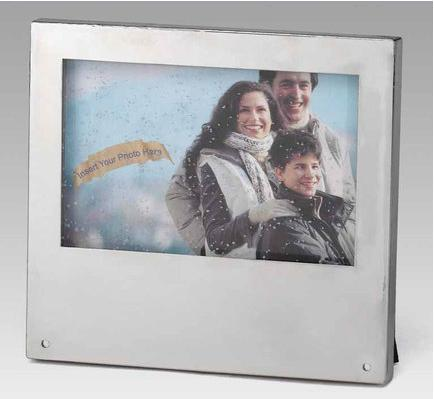 Really Snowing Picture Frame is like a Flat Snowglobe