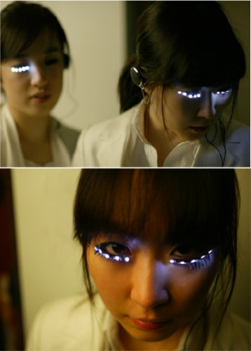 Freaky LED Eyelashes