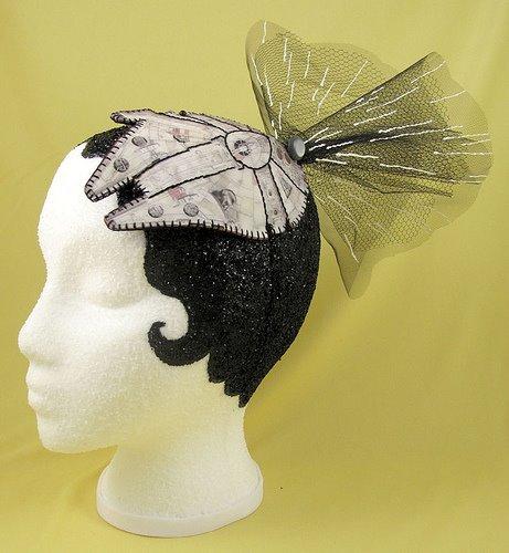 Millennium Falcon hairclip