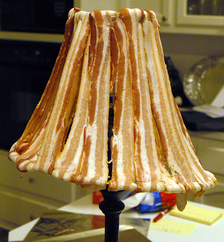 bacon lamp Pinboard
