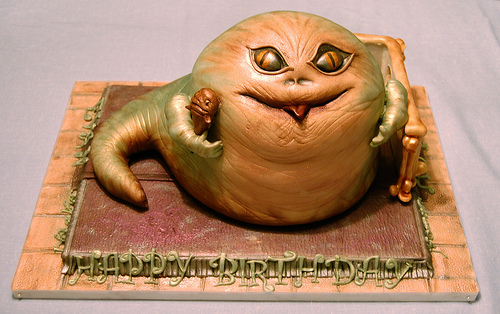 Jabba the Hutt Cake Looks Cute and Tasty (Bonus Rotta Content!)