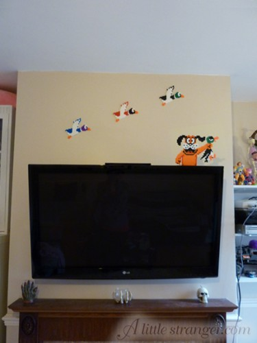 Duck Hunt Wall and Television Decorations