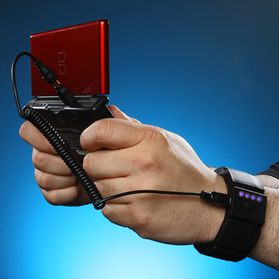 universal wrist charger gaming Universal Wrist Charger Puts a Battery Pack on Your Wrist