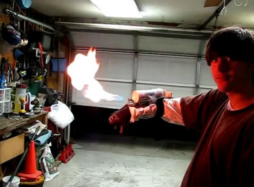 wrist mounted flamethrower 500x368 Random