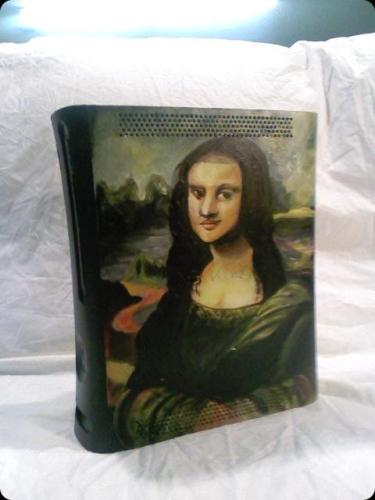 Mona Lisa X-Box Case Mod is Definitely a Work of Art