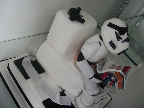 storm trooper toilet cake Best. Cake. Ever. Stormtrooper on the Toilet Cake