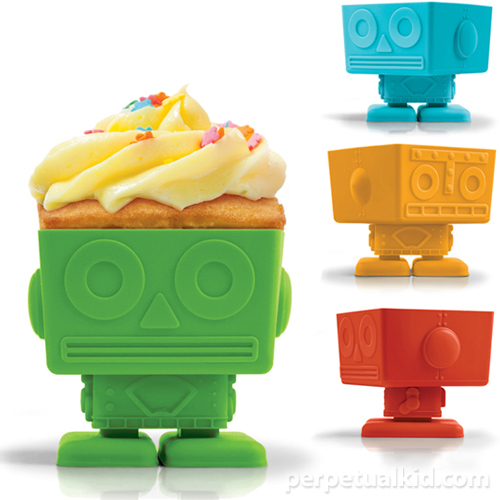 robot cupcake molds Gifts Ideas for People with a Sweet Tooth