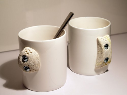 Work Your Fingers with the Cliff Hanger Mug
