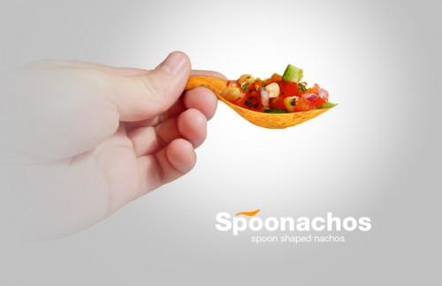 spoonachos salsa 500x324 Spooonachos: Spoon Shaped Nachos