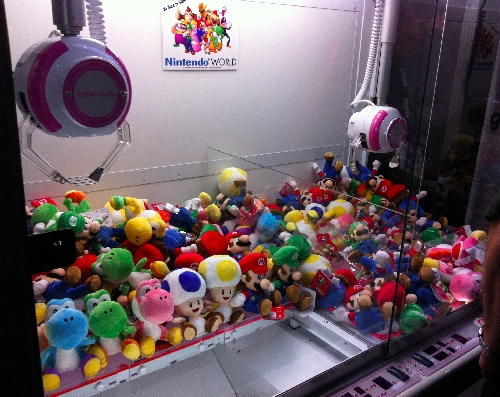 TF11: Awesome Nintendo Claw Game