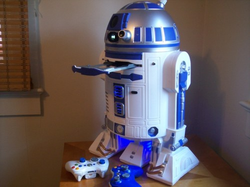 R2D2 Modded into an X-Box 360 Projector