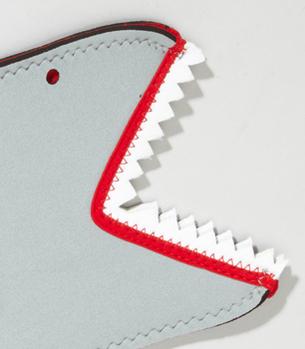 shark bite oven mitt Shark Bite Oven Mitt