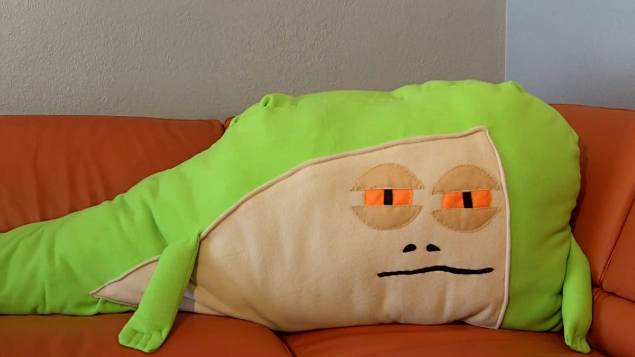 Jabba the Hutt Body Pillow -Craziest Gadgets
