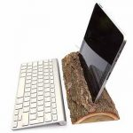 "iLog iPad Dock Lets You ""Log on"""