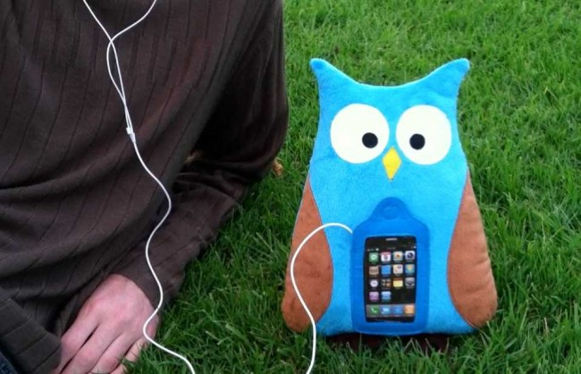 Swoop the Owl iPhone Pillow