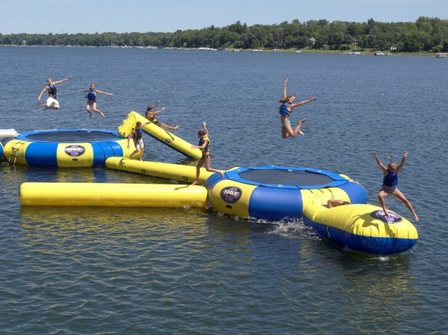 rave Aquajump water park 650x487 Inflatable Floating Trampolines