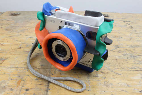 Using Sugru to Mod a Camera Into a Kid-Friendly Drop-Proof Camera