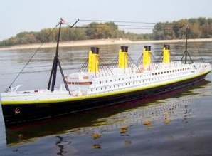 Remote Controlled 4 Foot Long Titanic Ship