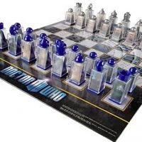 Doctor Who 3D Lenticular Chess Set