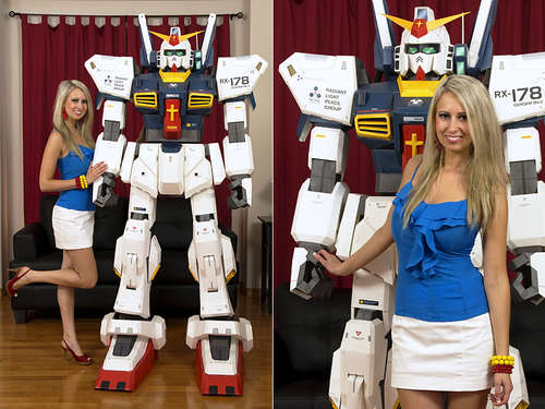 7 Foot Tall Papercraft Gundam Mecha Robot