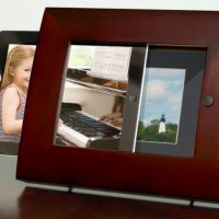 iPad 2 Photo Frame Docking Station