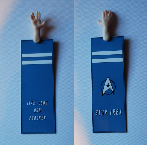 Vulcan Salute Bookmark Makes Books Even Geekier