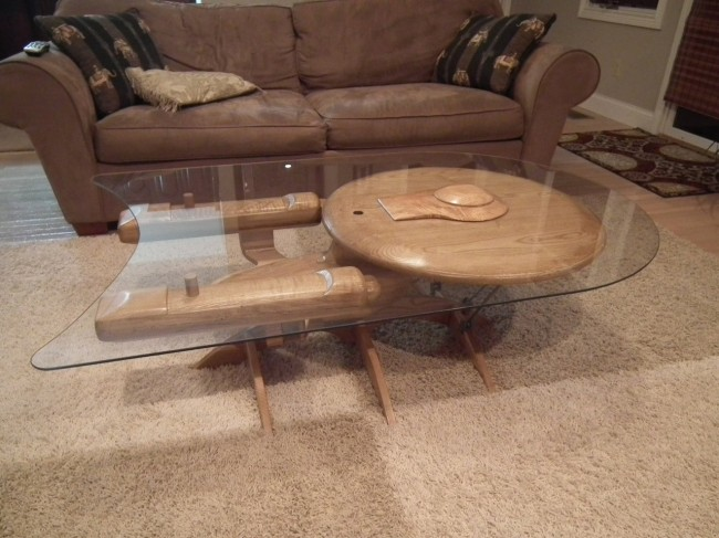 star trek enterprise coffee table 650x487 Star Trek Enterprise Coffee Table