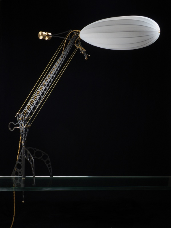 blimp lamp Pinboard