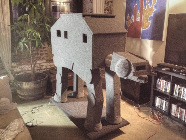 CAT-AT: Star Wars AT-AT Cat Condo