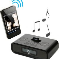 Adapter Turns iPod Speaker Docks into Wireless Bluetooth Speakers